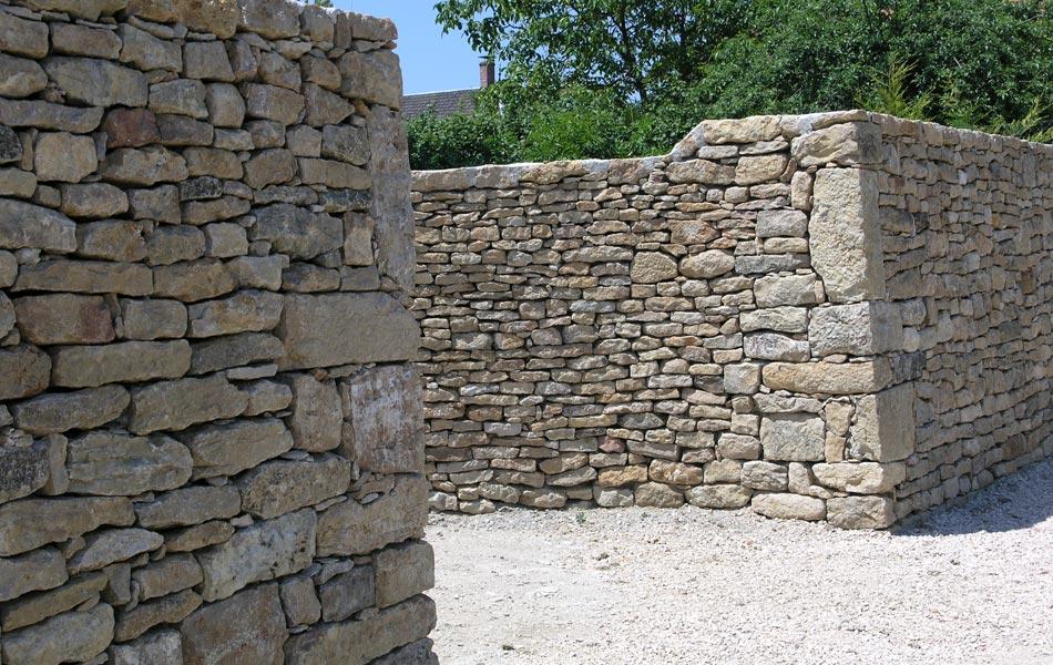 Murs de pierres - Association Sentiers - Dijon