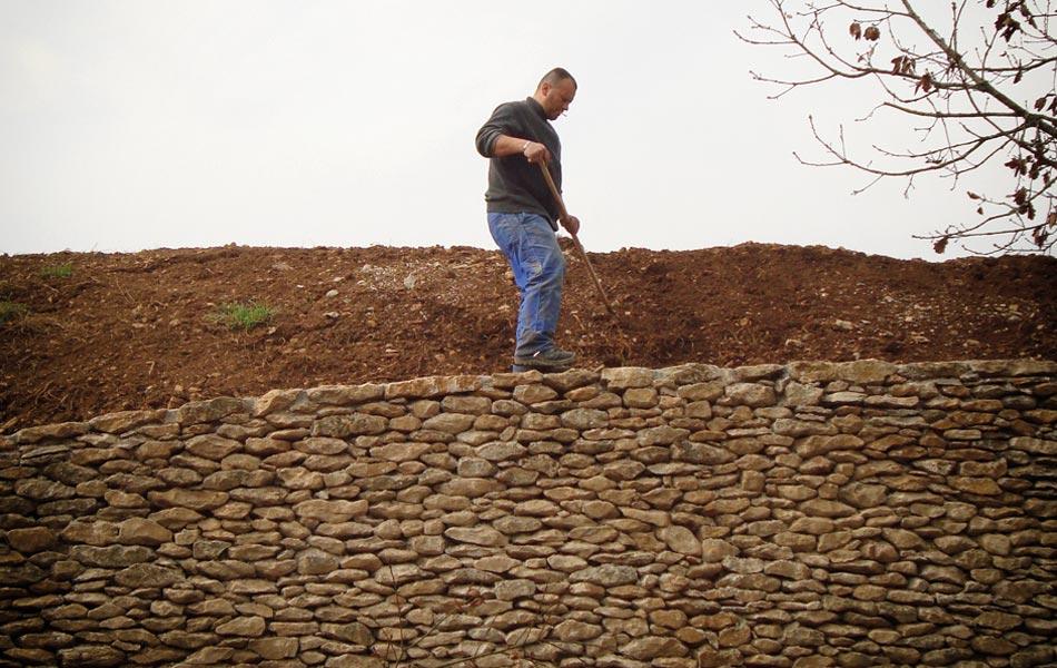 Murs de pierre à Baubigny - Association Sentiers - Dijon